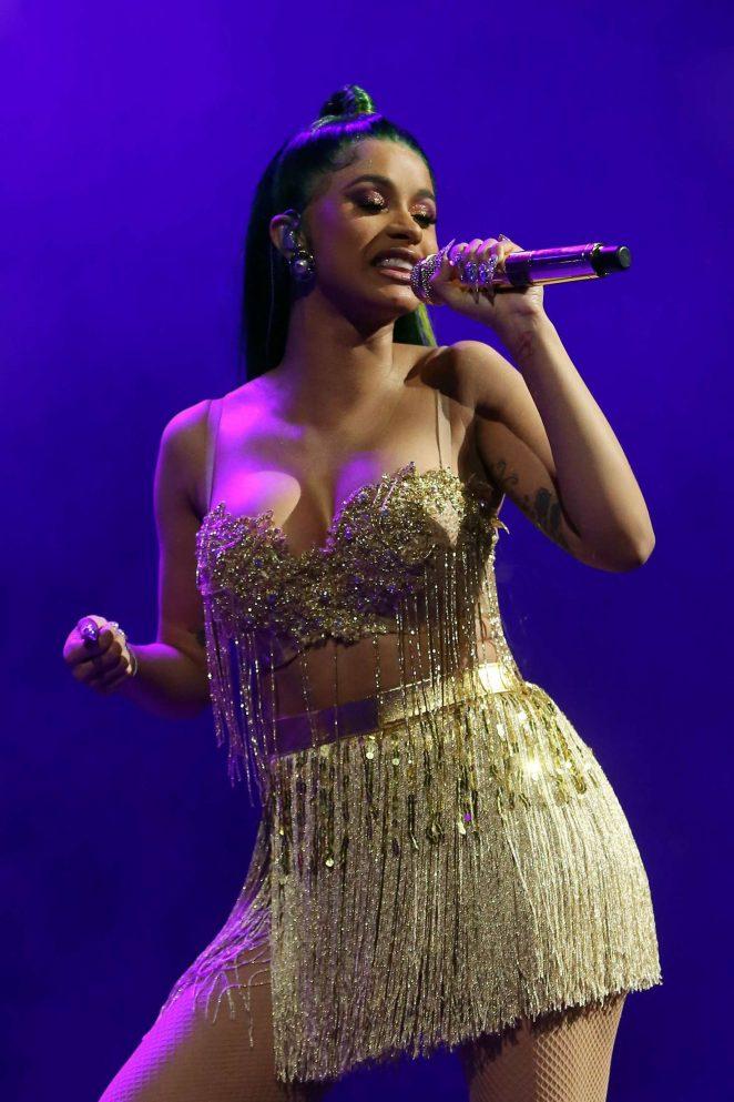 Cardi B - Performs at 2018 Big Jam Concert in Chicago