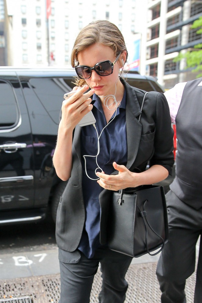 Carey Mulligan - out in NYC