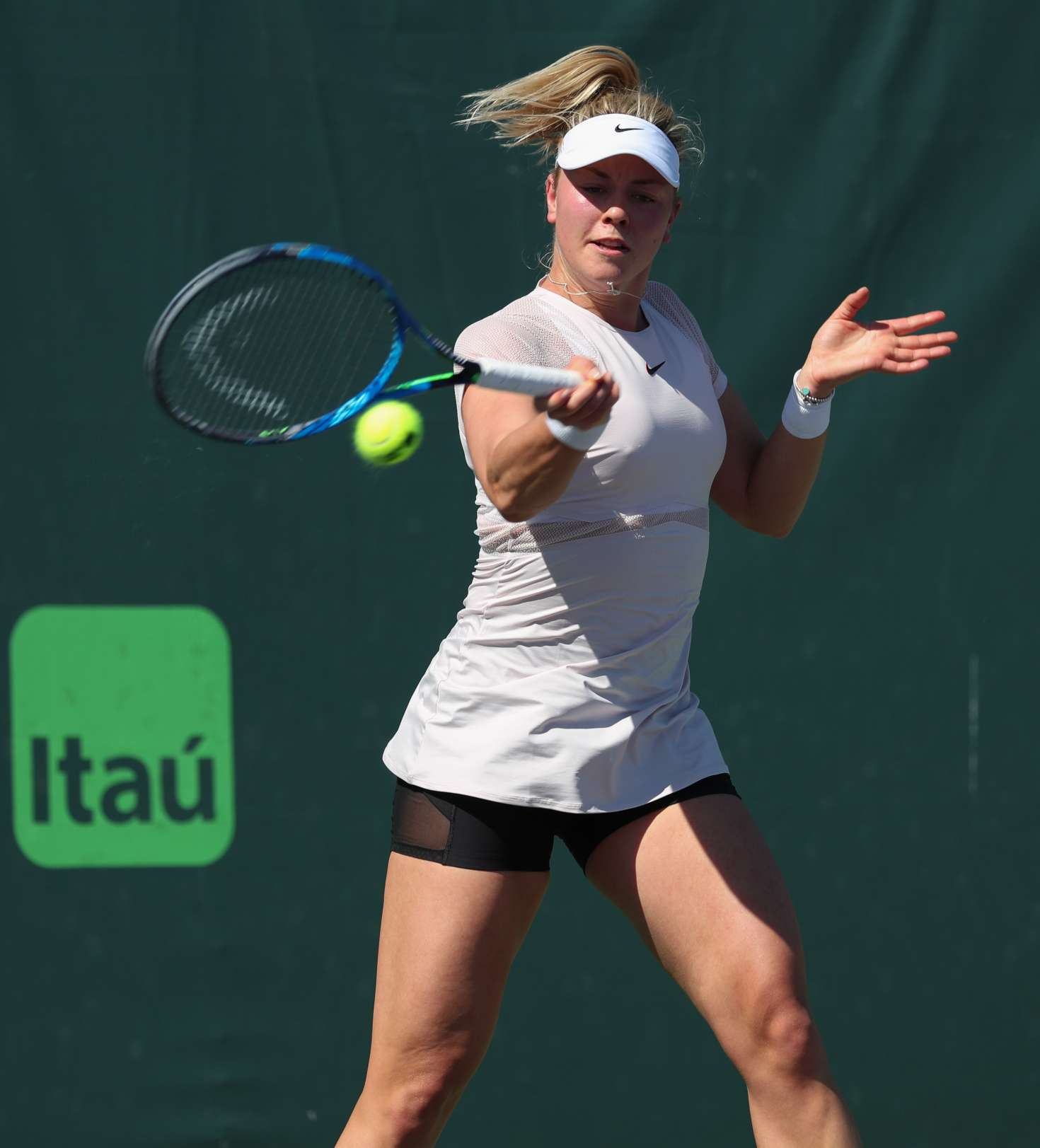 Carina Witthoft - 2018 Miami Open in Key Biscayne
