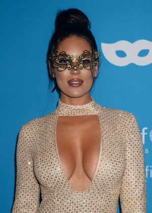 Carissa Rosario - 2016 UNICEF Masquerade Ball in Los Angeles