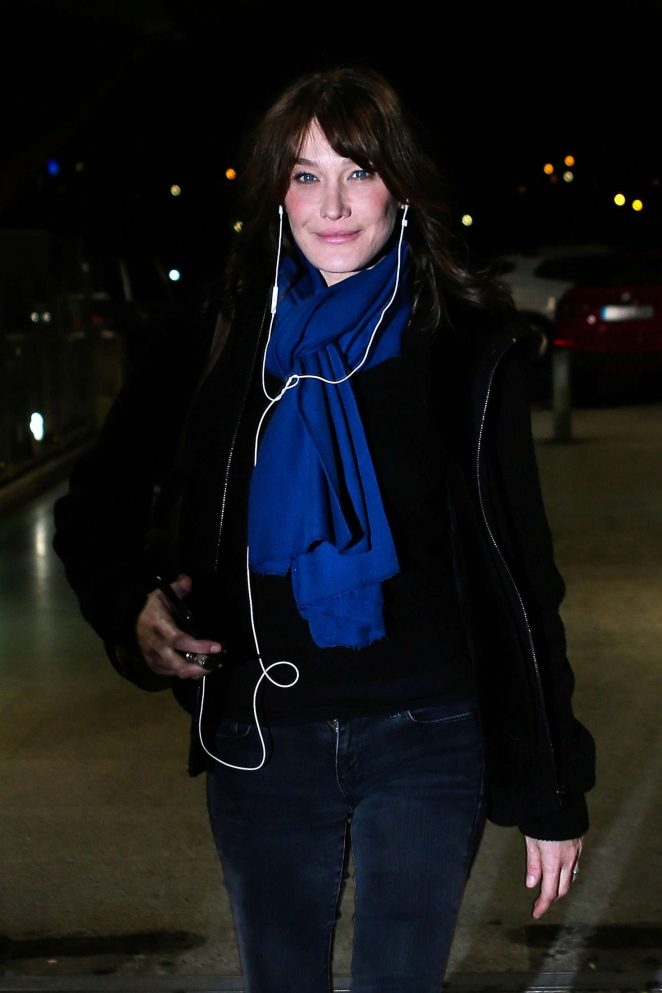 Carla Bruni at Airport in Madrid