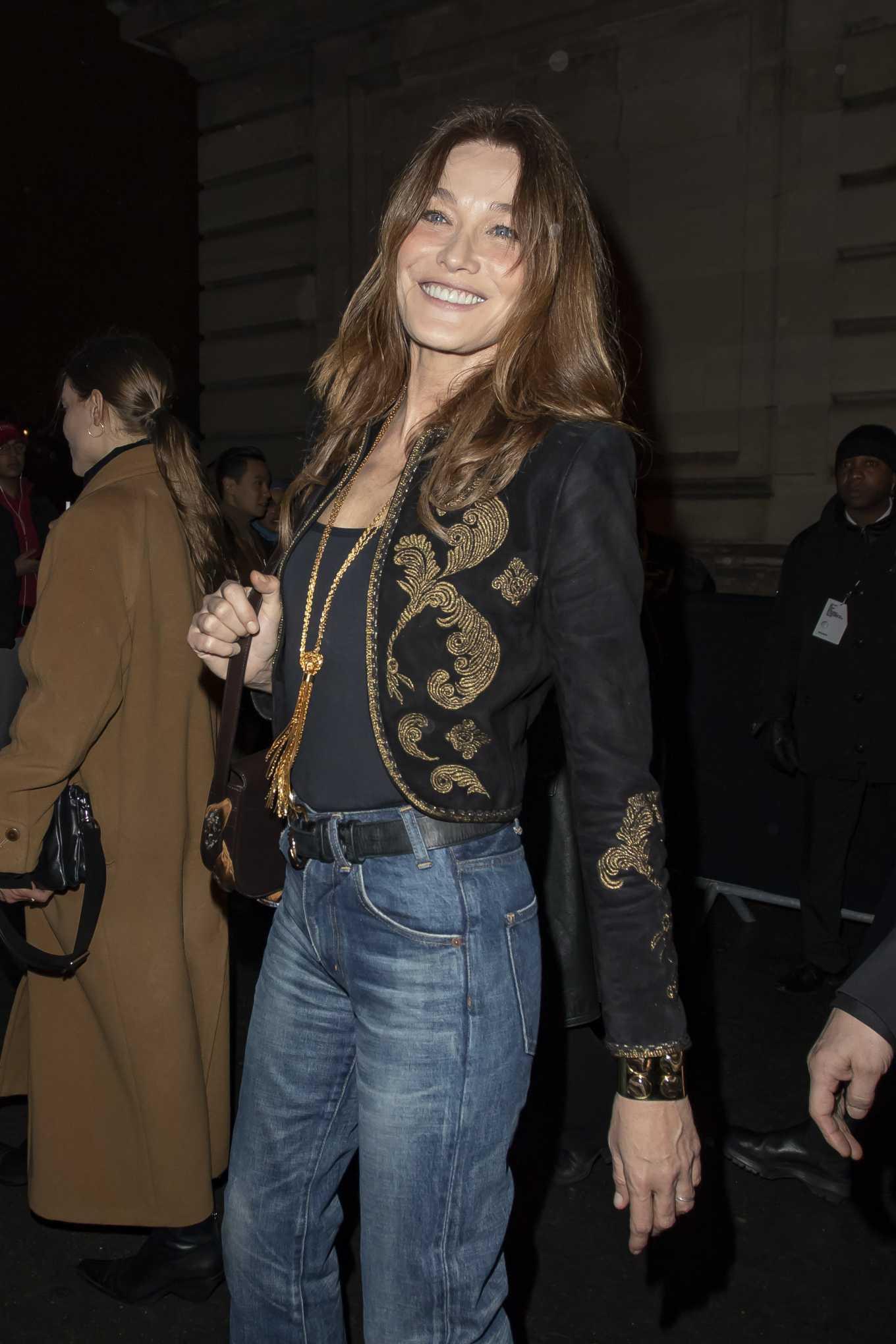 Carla Bruni - Attends the Celine Show in Paris