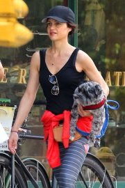 Carla Gugino - Leaving the gym in Manhattan