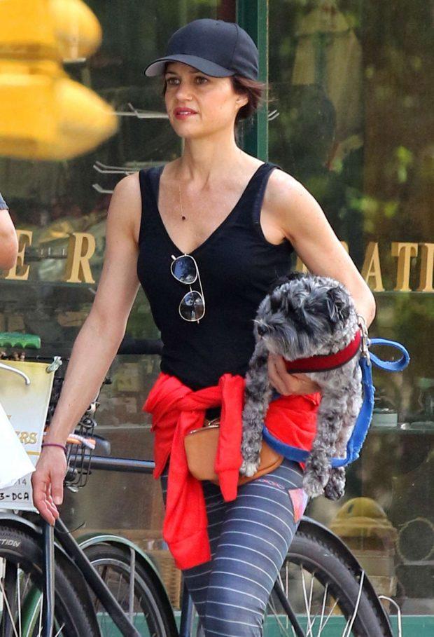 Carla Gugino - Leaving the gym in Manhattan