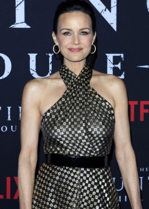 Carla Gugino - 'The Haunting of Hill House' Premiere in Los Angeles