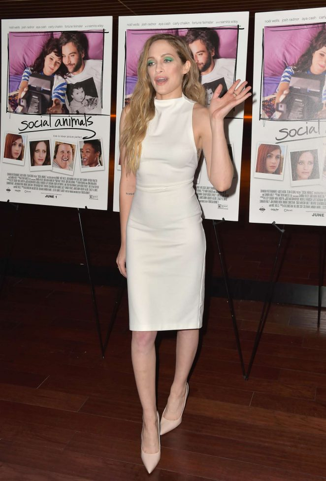Carly Chaikin – 'Social Animals' Premiere in Los Angeles