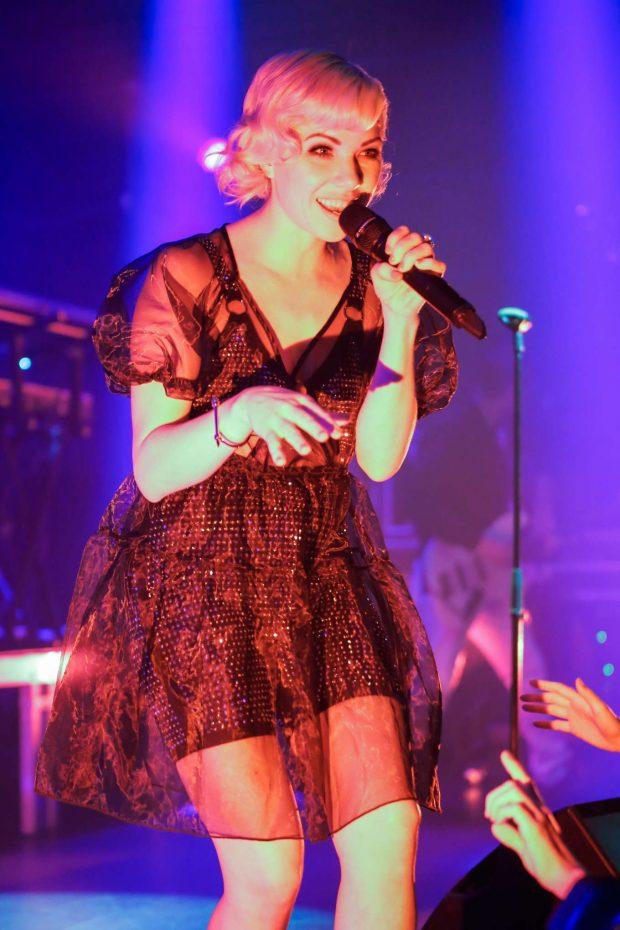 Carly Rae Japsen - Performing at Gaite Lyrique in Paris
