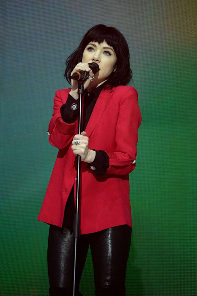 Carly Rae Jepsen – Jingle Bell Ball 2015 Day 2 in London