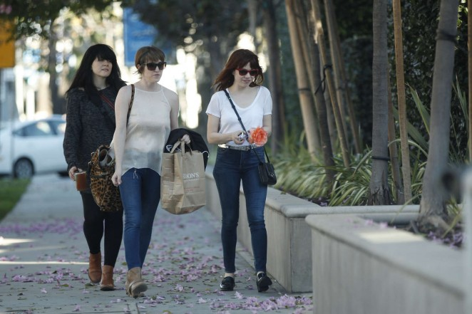 Carly Rae Jepsen in Tight jeans -02