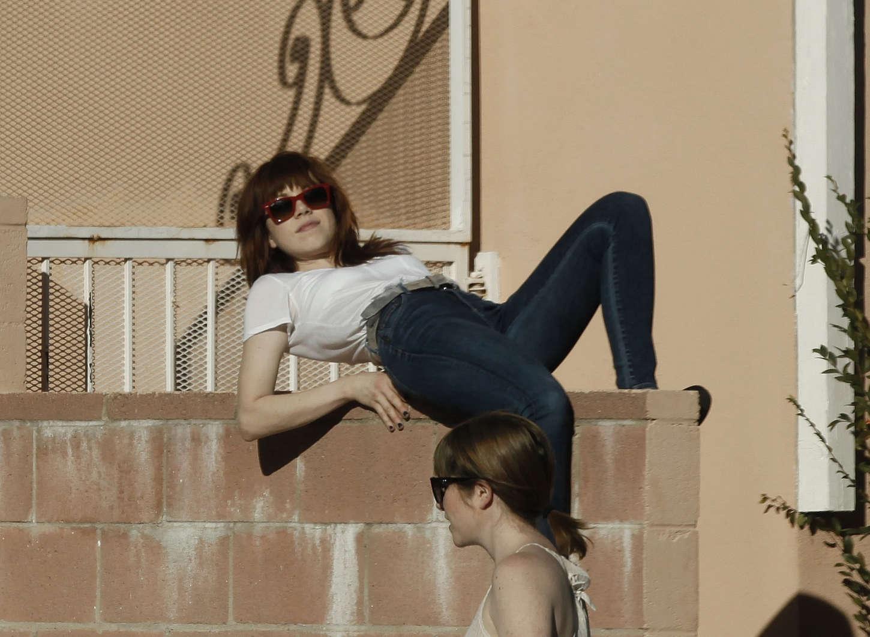 carly rae jepsen in tight jeans 26 � gotceleb