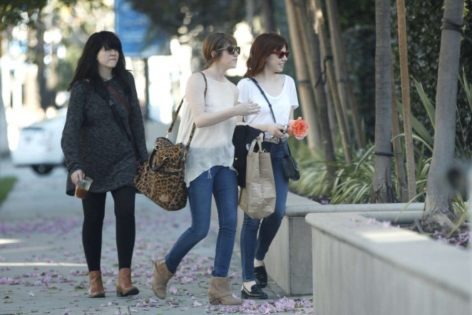 Carly Rae Jepsen in Tight jeans -28