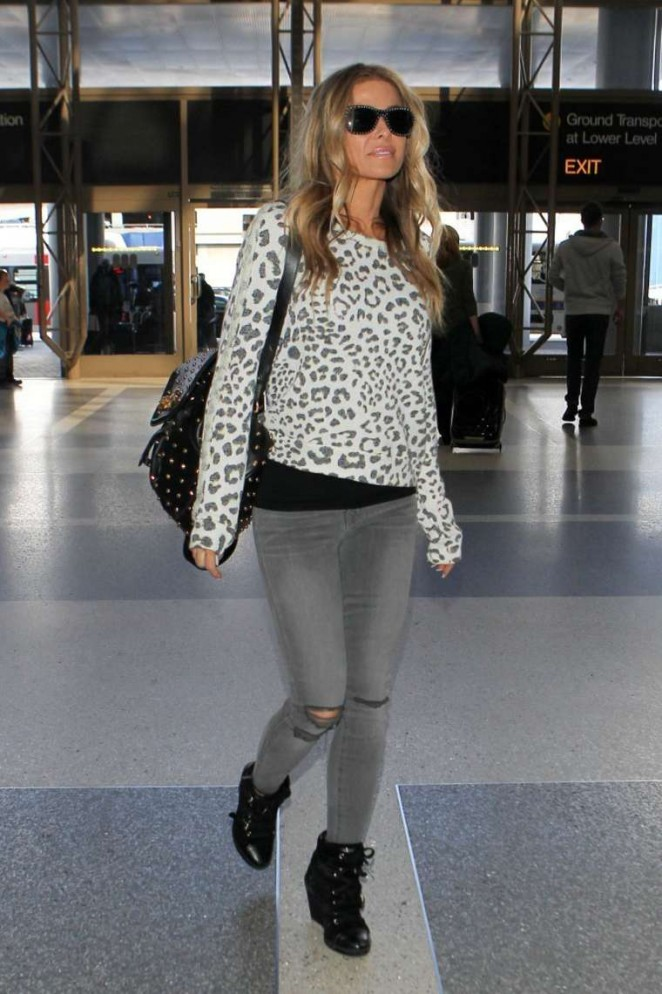Carmen Electra in Tight Jeans at LAX Airport in LA