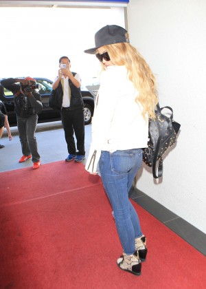 Carmen Electra in Jeans at LAX Airport in LA