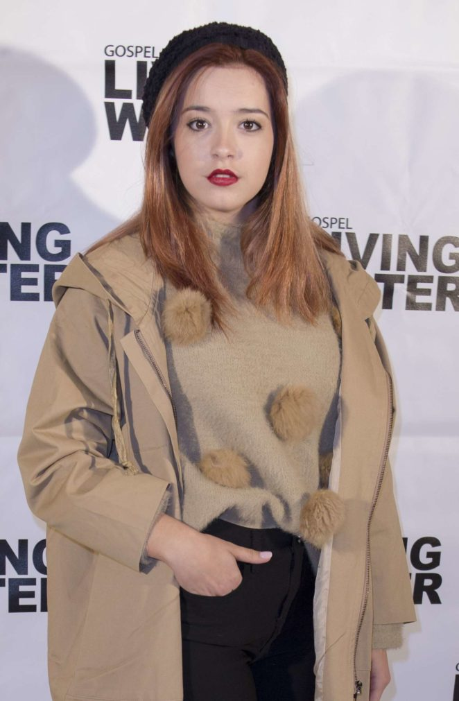 Carmen Sanchez - 'Living Water' TV Show Photocall in Madrid