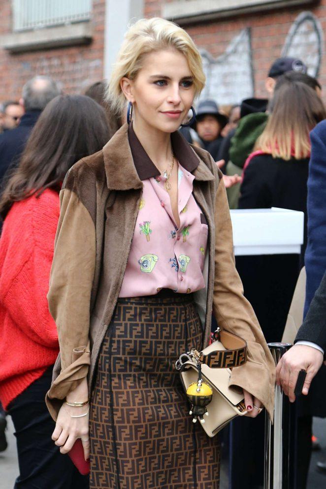 Caro Daur - Arrives at the Fendi Fashion Show in Milan
