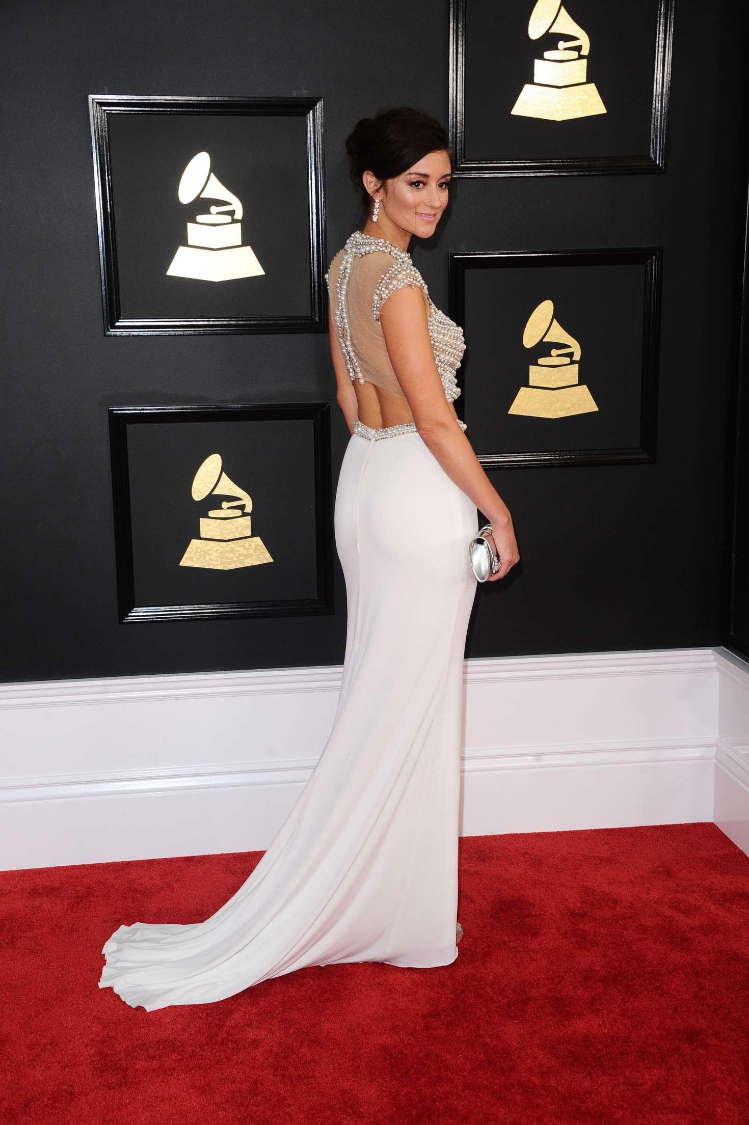 Caroline D'Amore 2017 : Caroline DAmore: 59th GRAMMY Awards -03