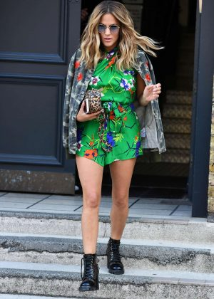 Caroline Flack - Arriving at Studio in London