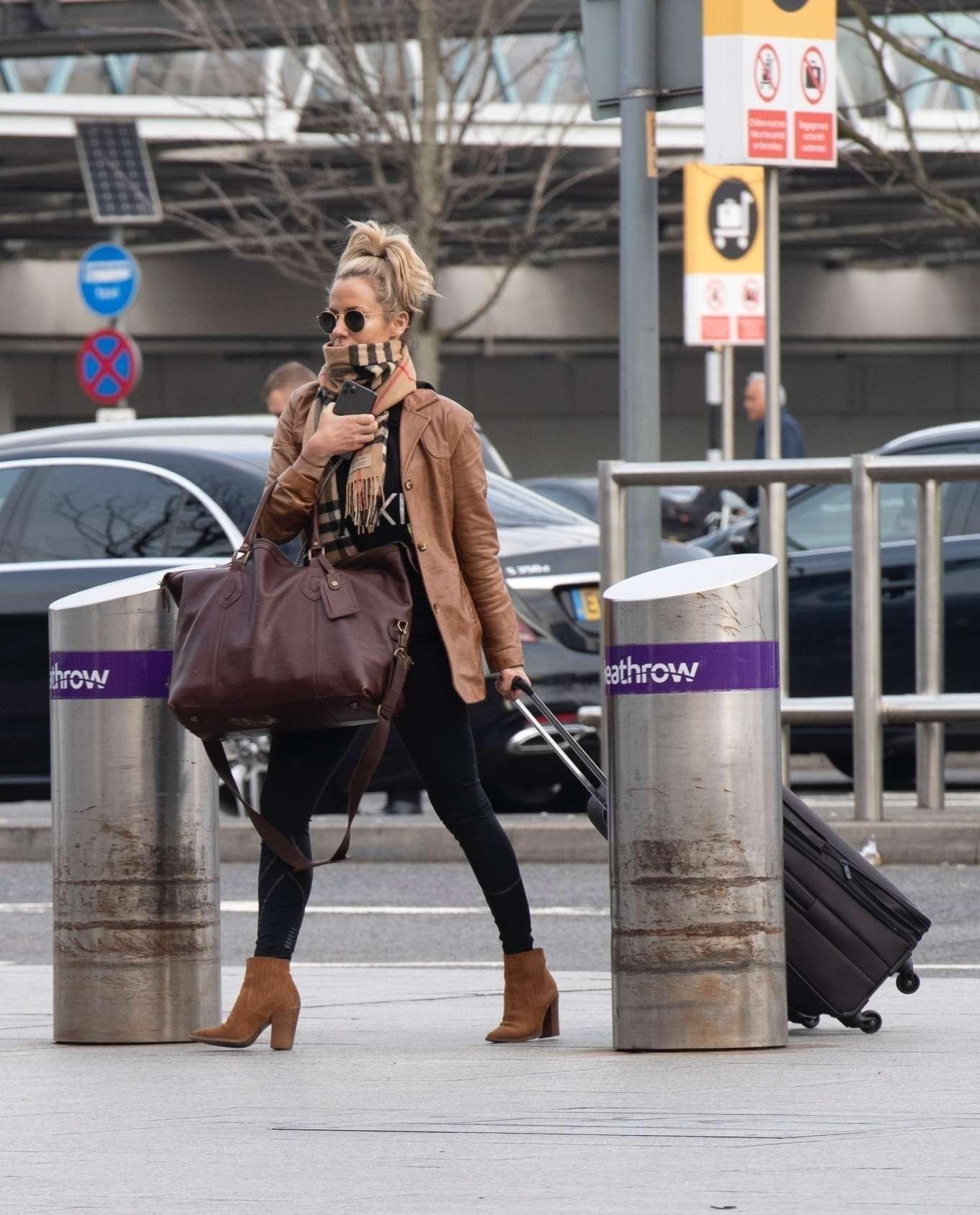 Caroline Flack 2020 : Caroline Flack flees the UK -15