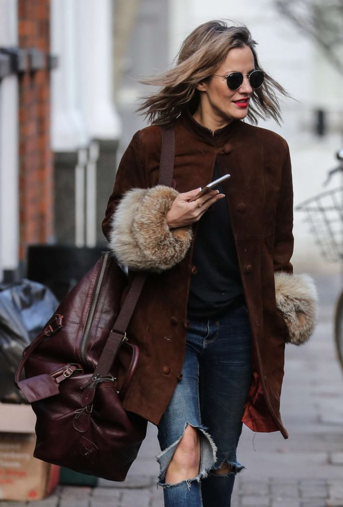 Caroline Flack - Leaving her home in London
