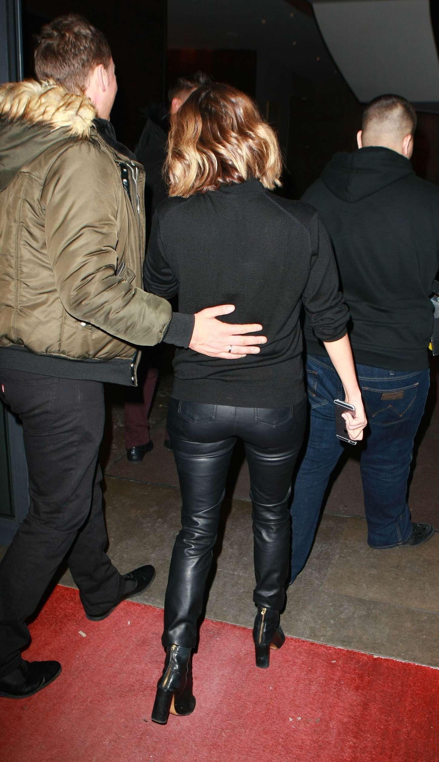 Caroline Flack In Leather Pants 03 Gotceleb