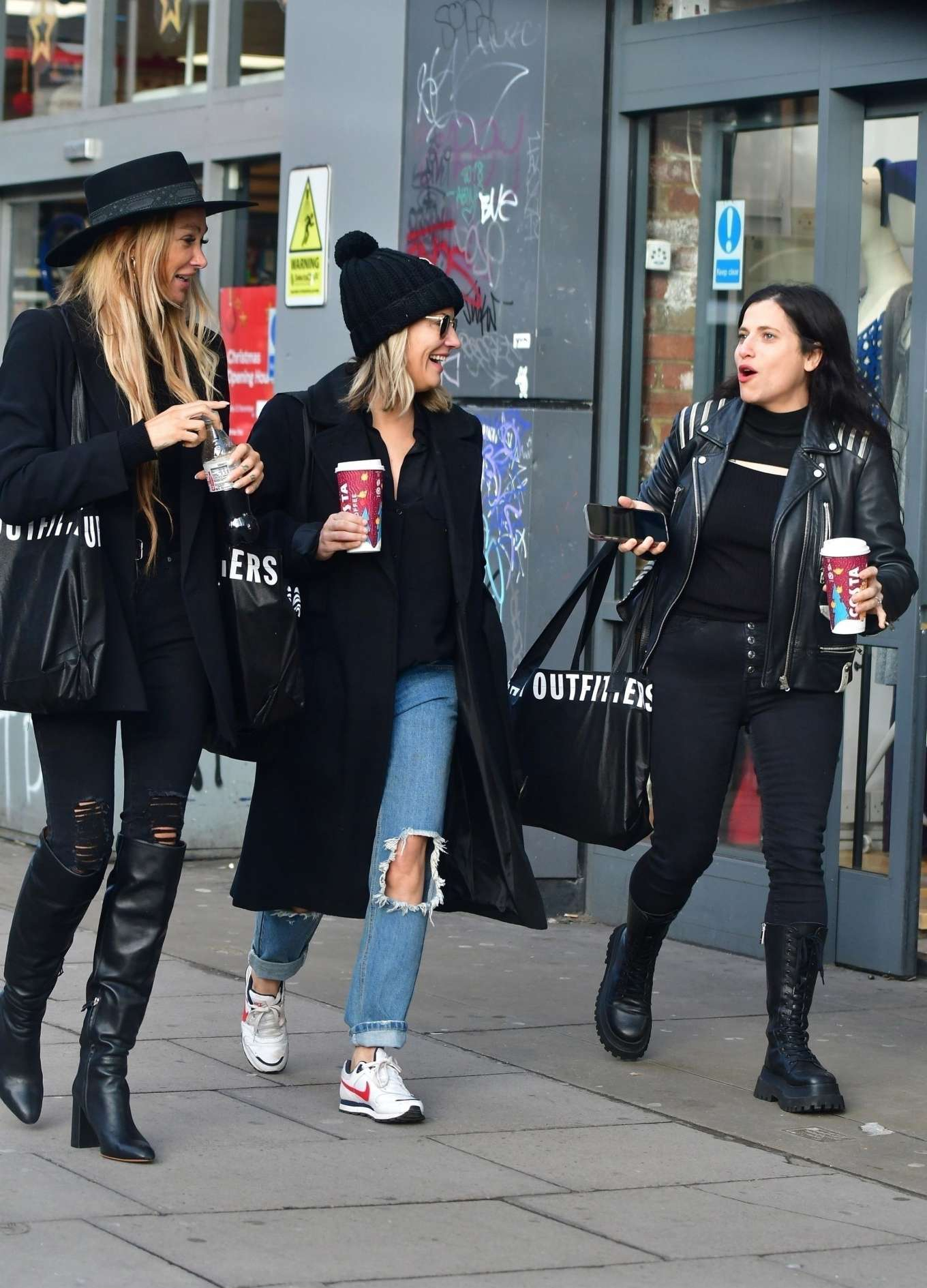 Caroline Flack 2019 : Caroline Flack with friends shopping in East London-01