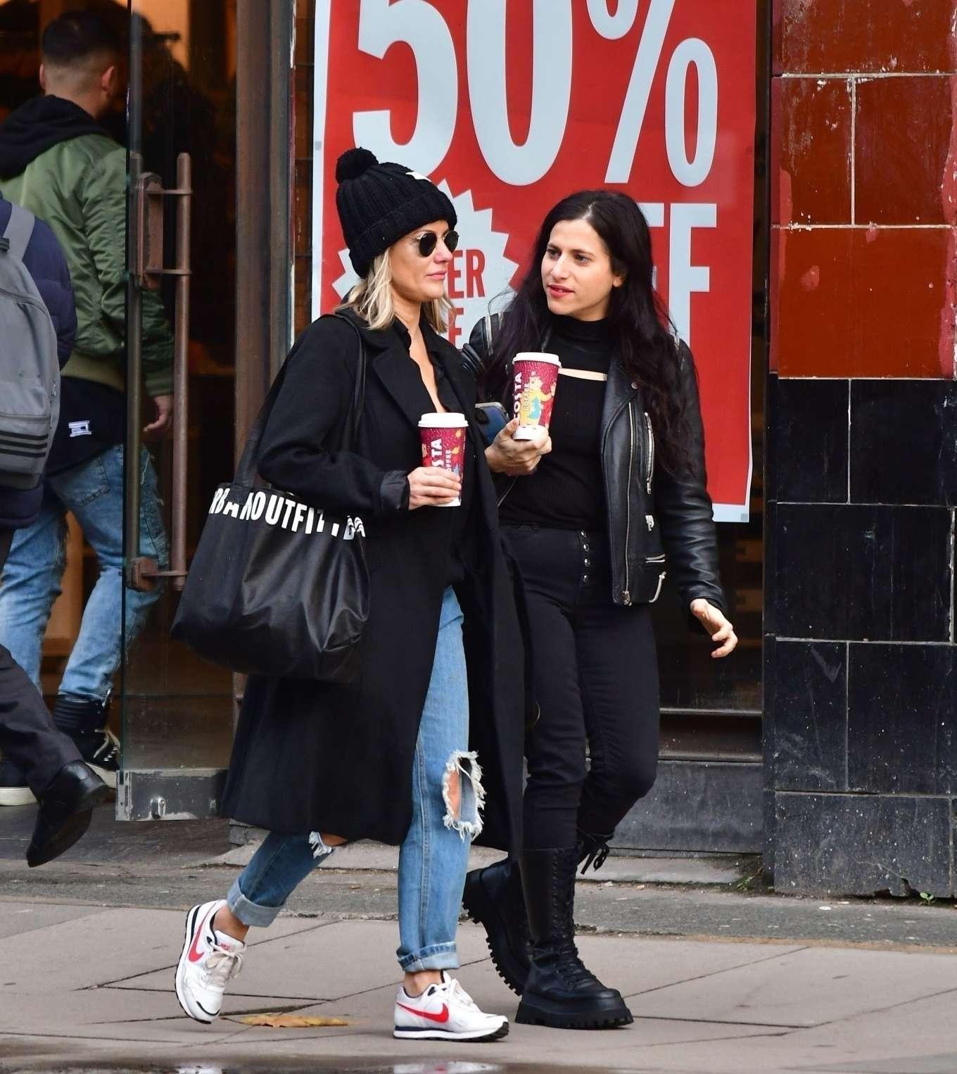 Caroline Flack 2019 : Caroline Flack with friends shopping in East London-02