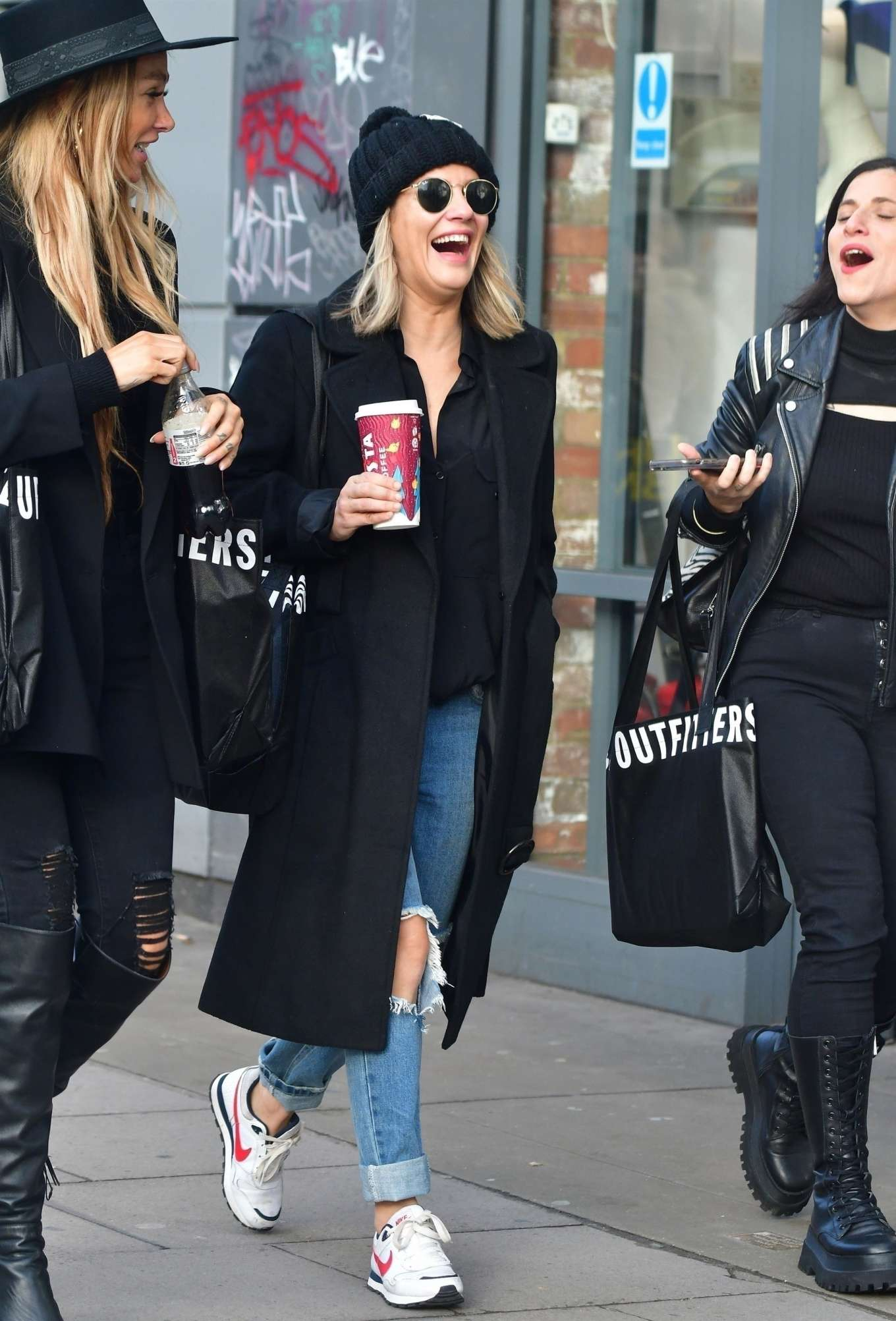 Caroline Flack 2019 : Caroline Flack with friends shopping in East London-05
