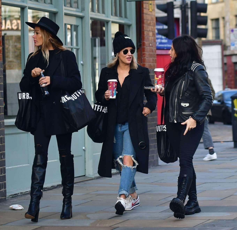 Caroline Flack 2019 : Caroline Flack with friends shopping in East London-13