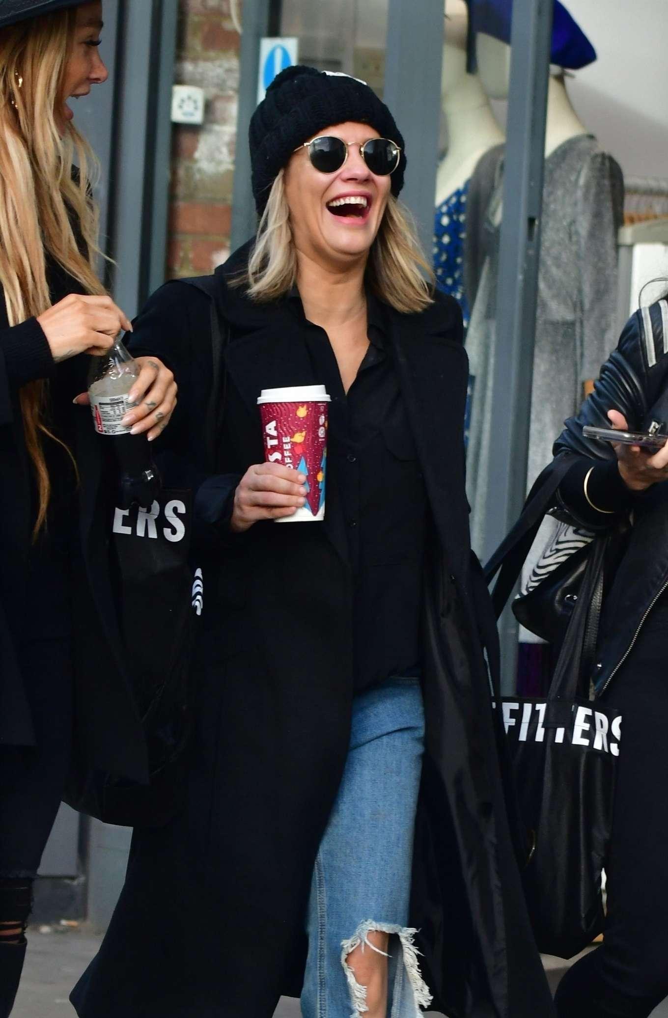 Caroline Flack 2019 : Caroline Flack with friends shopping in East London-17
