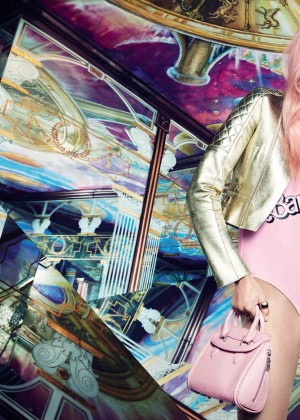 Caroline Trentini: Vogue Spain 2015 -08