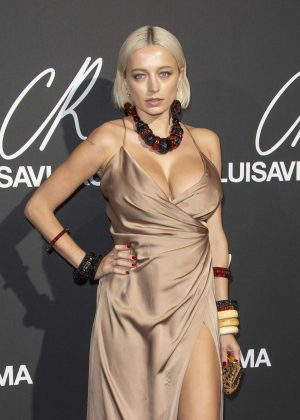 Caroline Vreeland - CR Fashion Book x Luisasaviaroma: Photocall in Paris