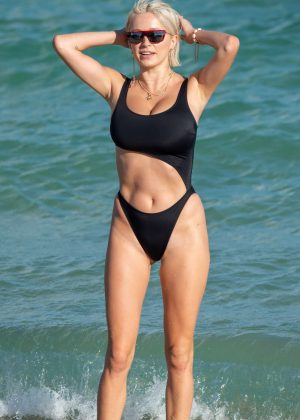 Caroline Vreeland in Black Bikini at a beach in Miami