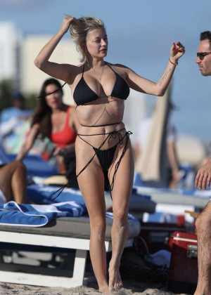 Caroline Vreeland in Black Bikini on Miami Beach