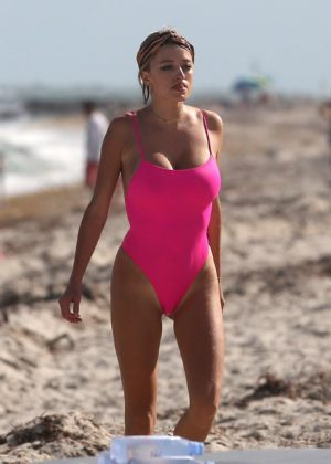Caroline Vreeland in Pink Swimsuit at the beach in Miami