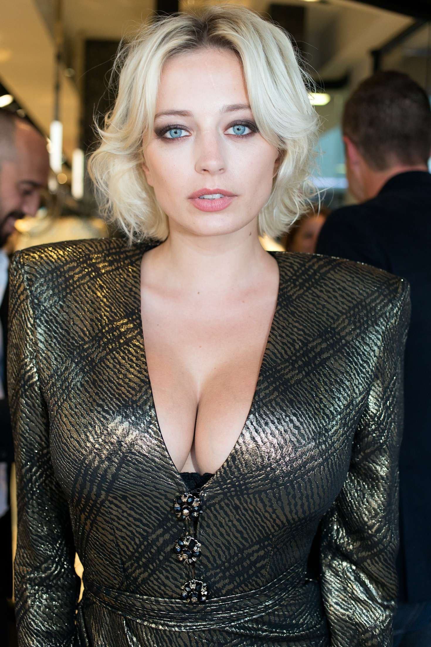 Caroline Vreeland Out In Cannes Celebs By Lianxio
