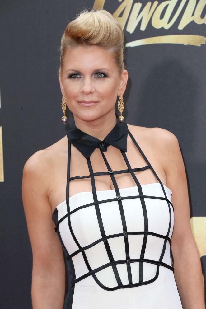Carrie Keagan - 2016 MTV Movie Awards in Burbank