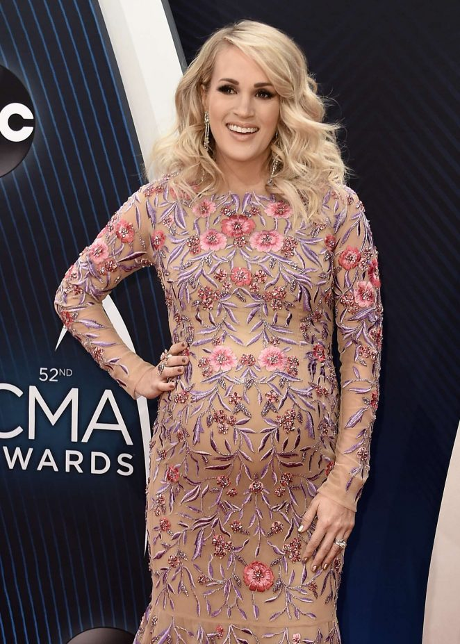 Carrie Underwood – 52nd Annual CMA Awards in Nashville