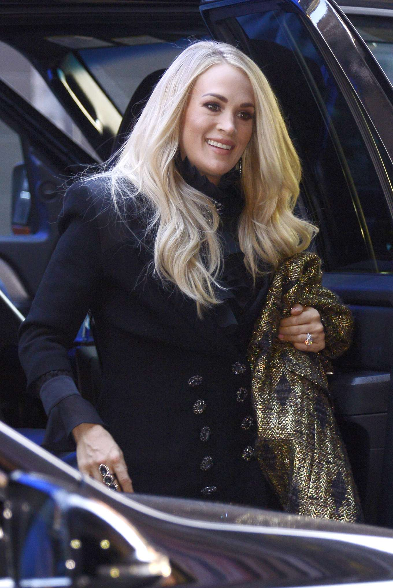 Carrie Underwood 2019 : Carrie Underwood – Arrives at Good Morning America Show-01