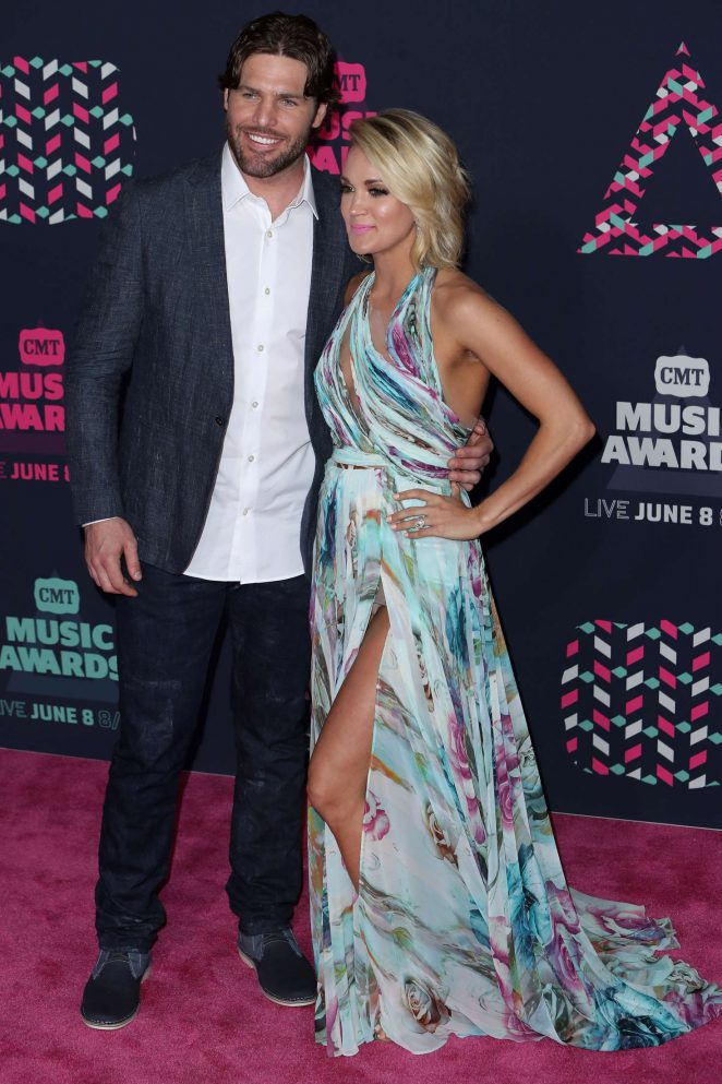 Carrie Underwood Cmt Music Awards 2016 10