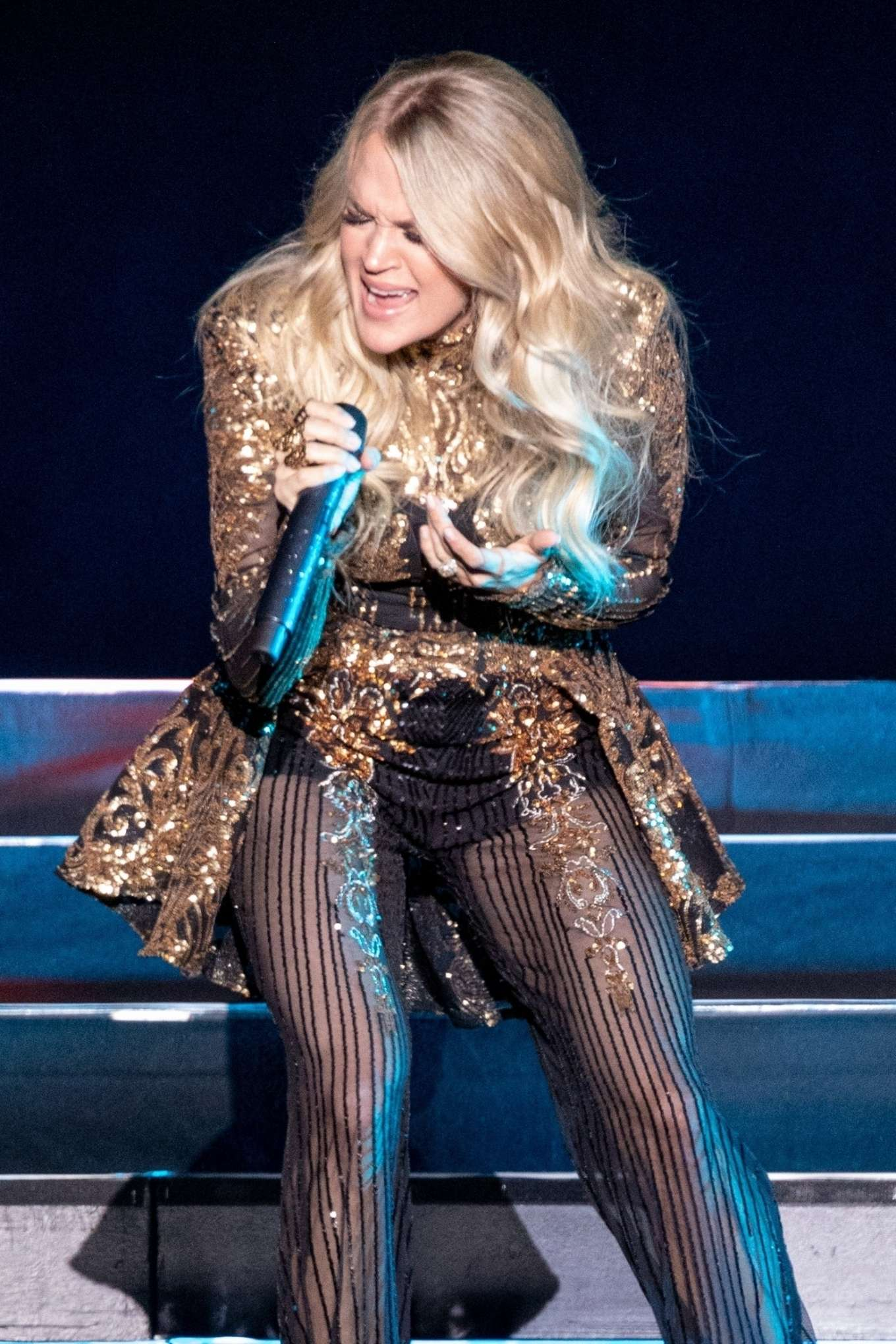 Carrie Underwood - Performing at Resorts World Arena in Birmingham