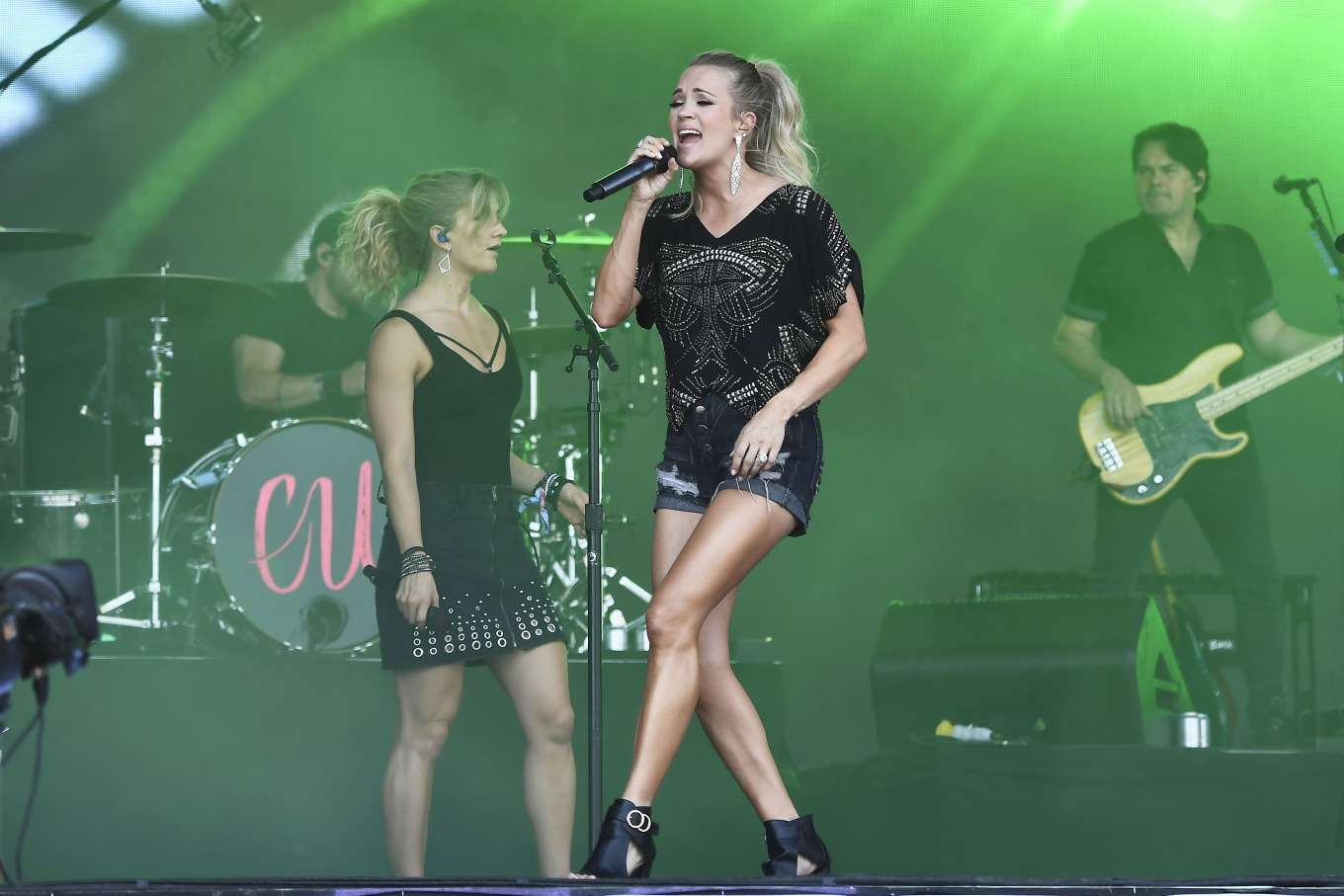 Carrie Underwood 2019 : Carrie Underwood – Performing on the Pyramid Stage at Glastonbury Festival-18