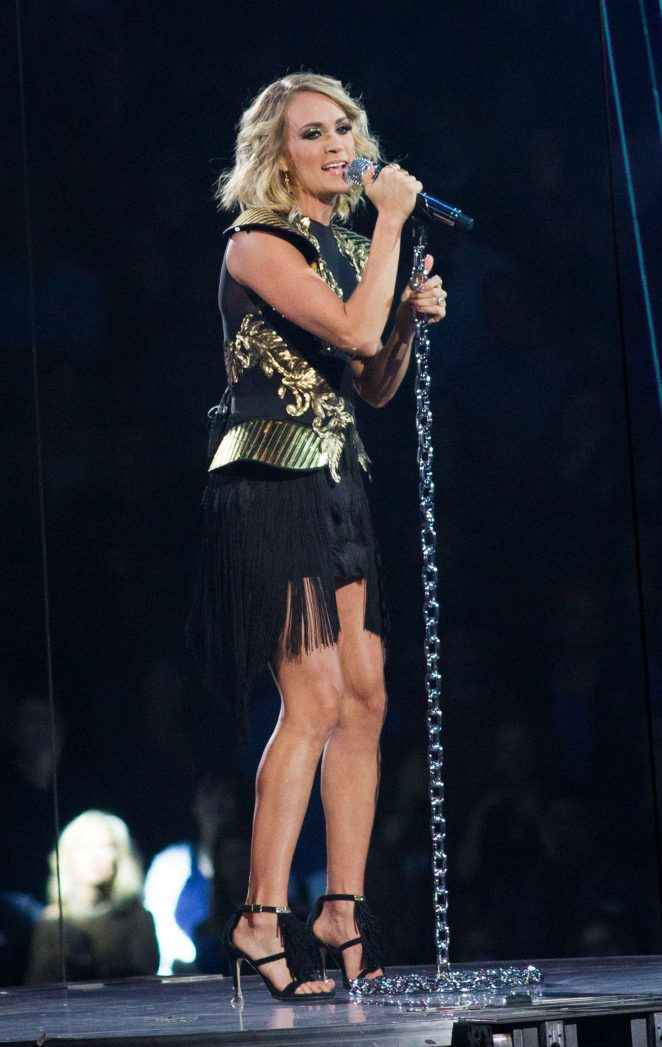 Carrie Underwood - Performs during 'The Storyteller Tour' in New York