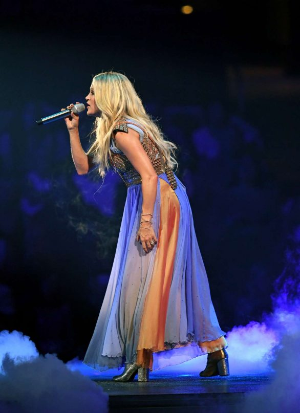 Carrie Underwood - Performs onstage at Staples Center in Los Angeles