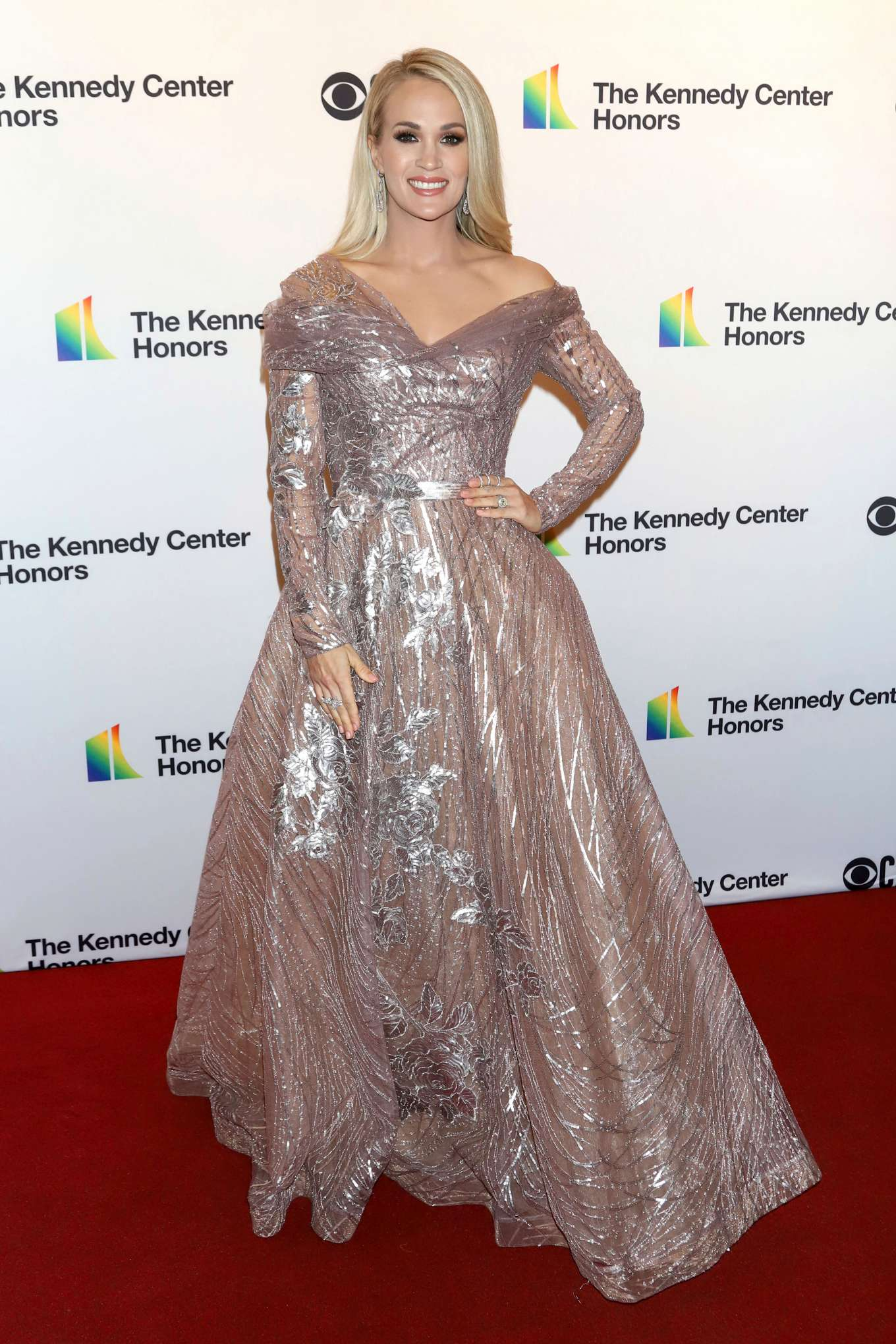 Carrie Underwood 2019 : Carrie Underwood – Possing at 2019 Kennedy Center Honors in Washington-10