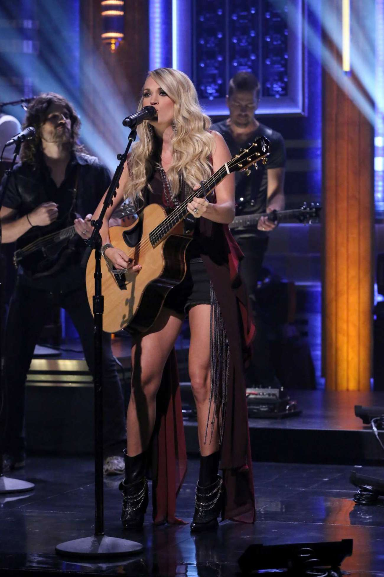 Carrie Underwood 2015 : Carrie Underwood: The Tonight Show Starring Jimmy Fallon -03