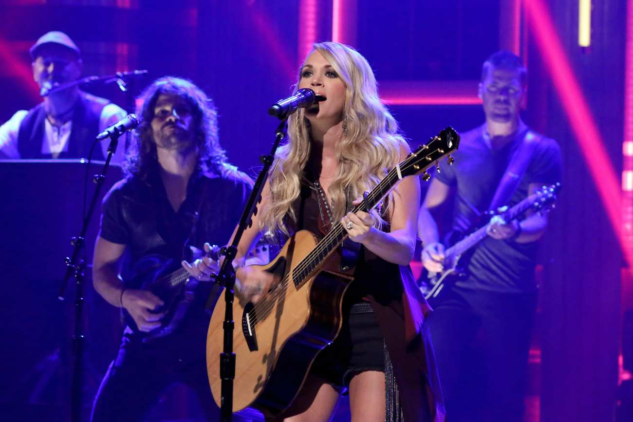 Carrie Underwood 2015 : Carrie Underwood: The Tonight Show Starring Jimmy Fallon -07