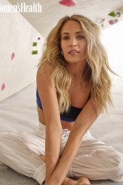 Carrie Underwood - Women's Health Magazine (April 2020)