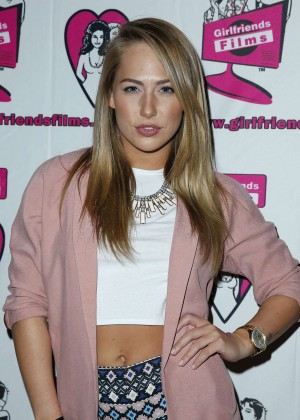 Carter Cruise - AVN Adult Entertainment Expo in Las Vegas
