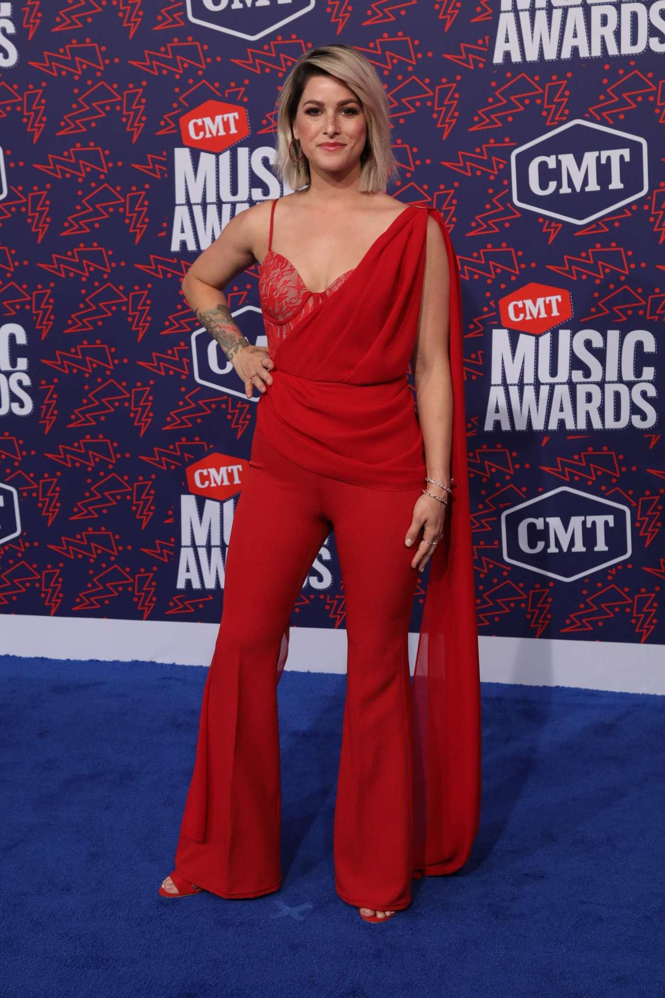 Cassadee Pope 2019 : Cassadee Pope: 2019 CMT Music Awards-02