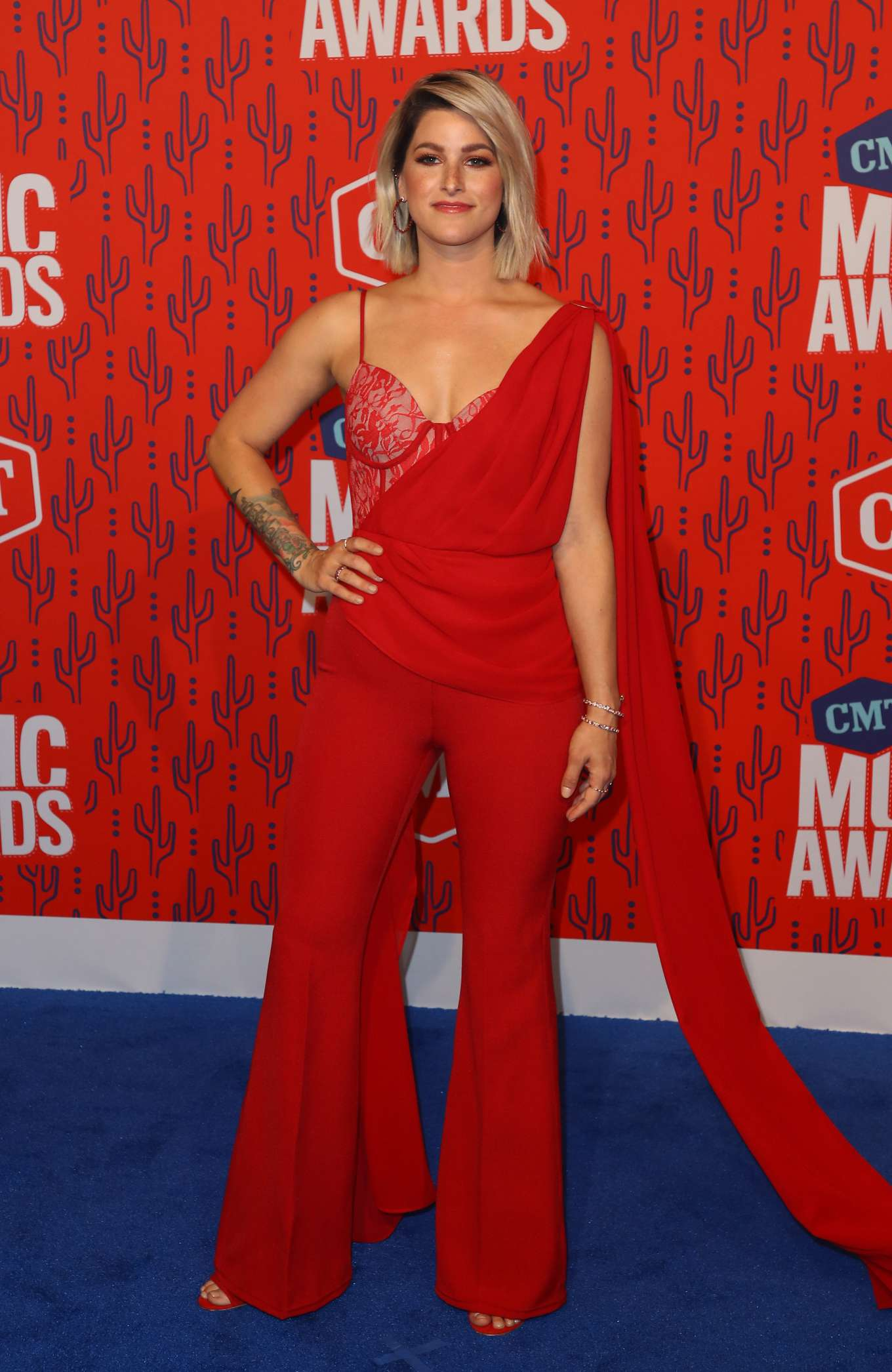 Cassadee Pope 2019 : Cassadee Pope: 2019 CMT Music Awards-32